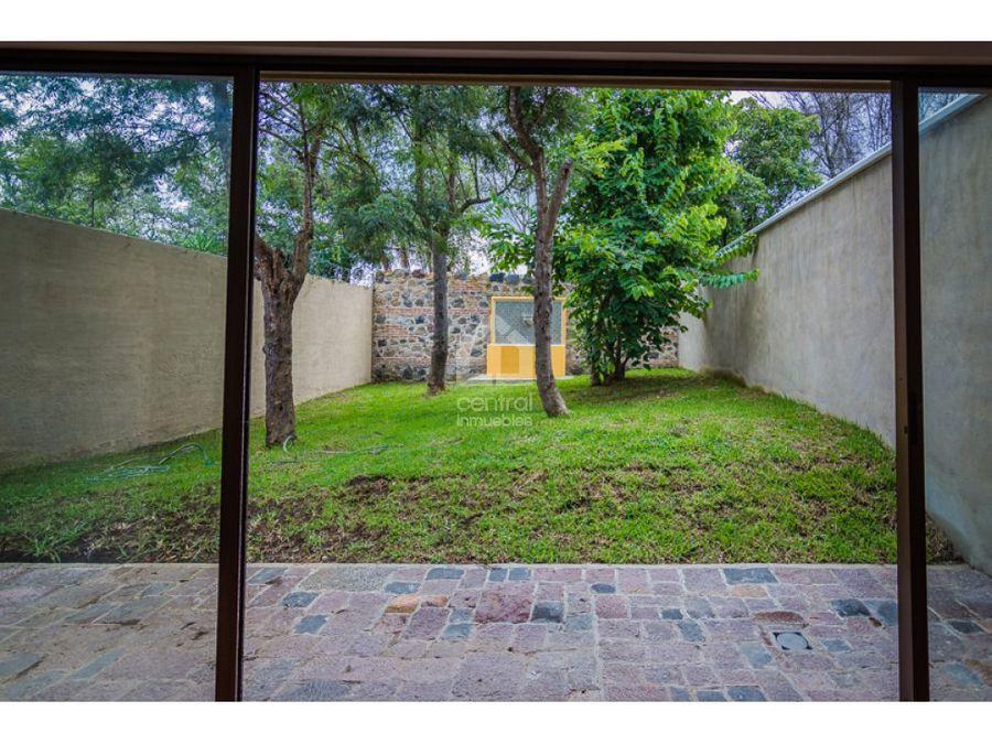 casa nueva con jardin en venta cerca de antigua guatemala