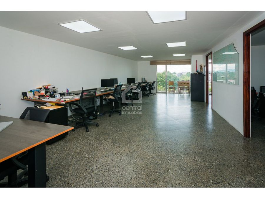 oficina en renta en zona 9 plaza espana