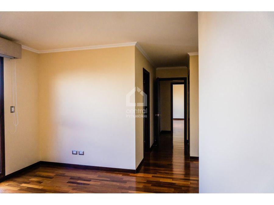 apartamento amplio en zona 10 por diagonal 6