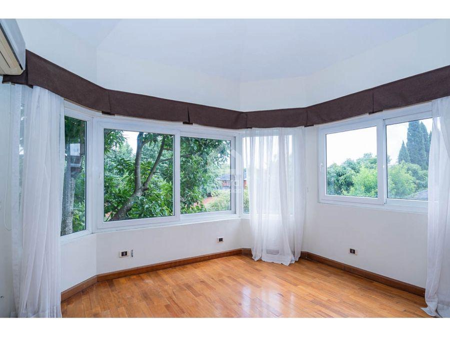 casa de 4 habitaciones en alquiler bouganvilias de cayala zona 16