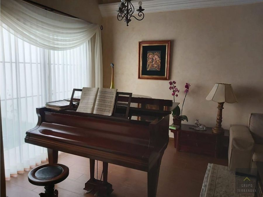 preciosa casa en residencial hacienda las marias