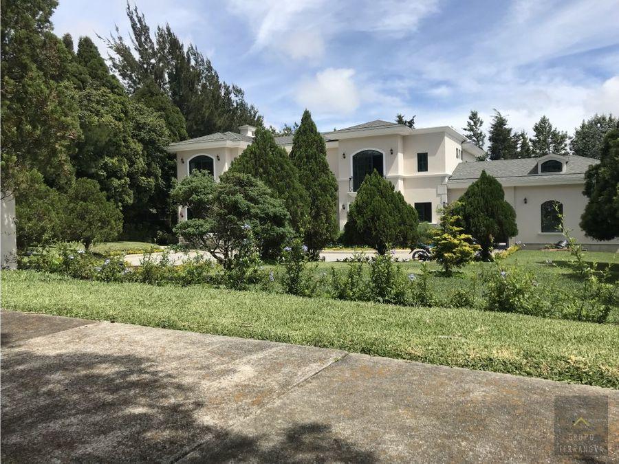 hermosa casa en las alturas km 18 ces fraijanes