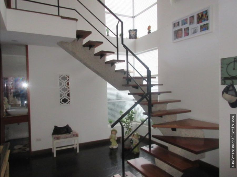casa de 2 pisos para venta en chia