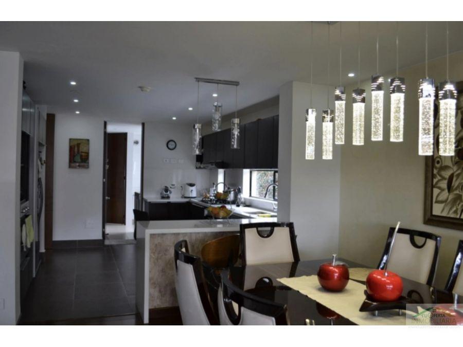 hacienda fontanar vendo casa con habitaciones en el primer piso