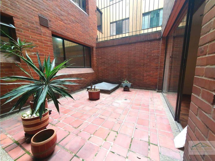navarra apto con terraza interna