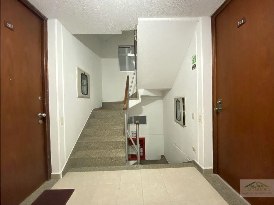 mazuren acacia real arriendo apto piso 2 3h