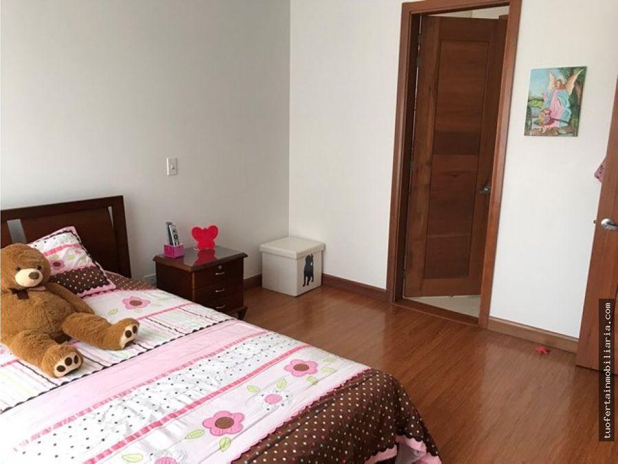 venta amplia casa en chia guaymaral