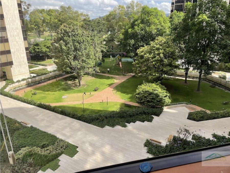 se arrienda apartamento en parque central bogota
