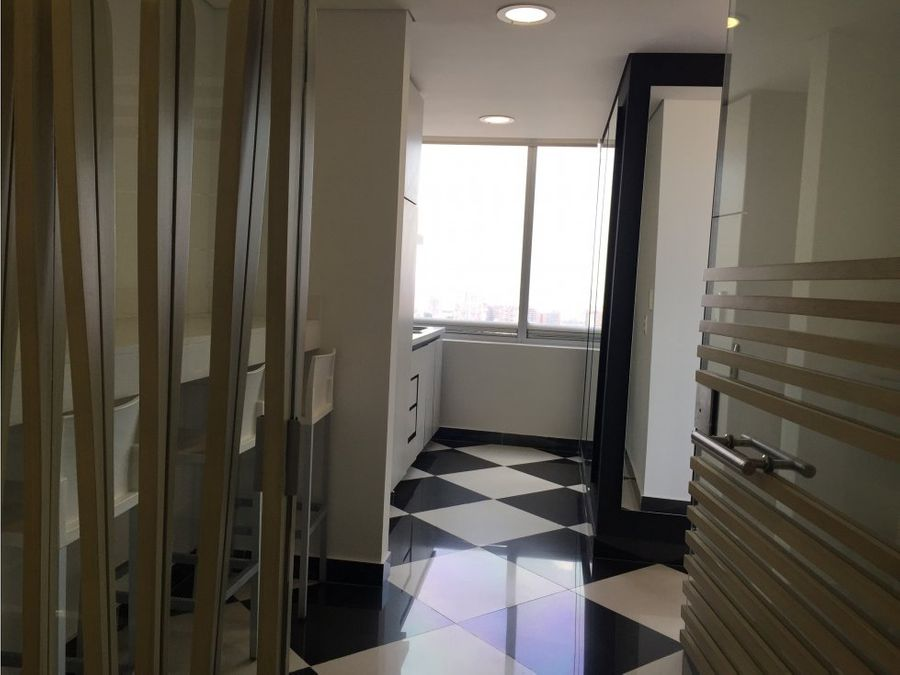 oficina north point 267m2 piso 15