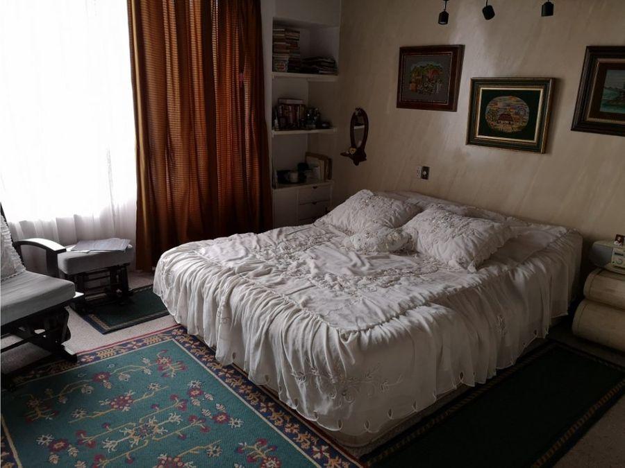 alhambra vendo casa 250 m2