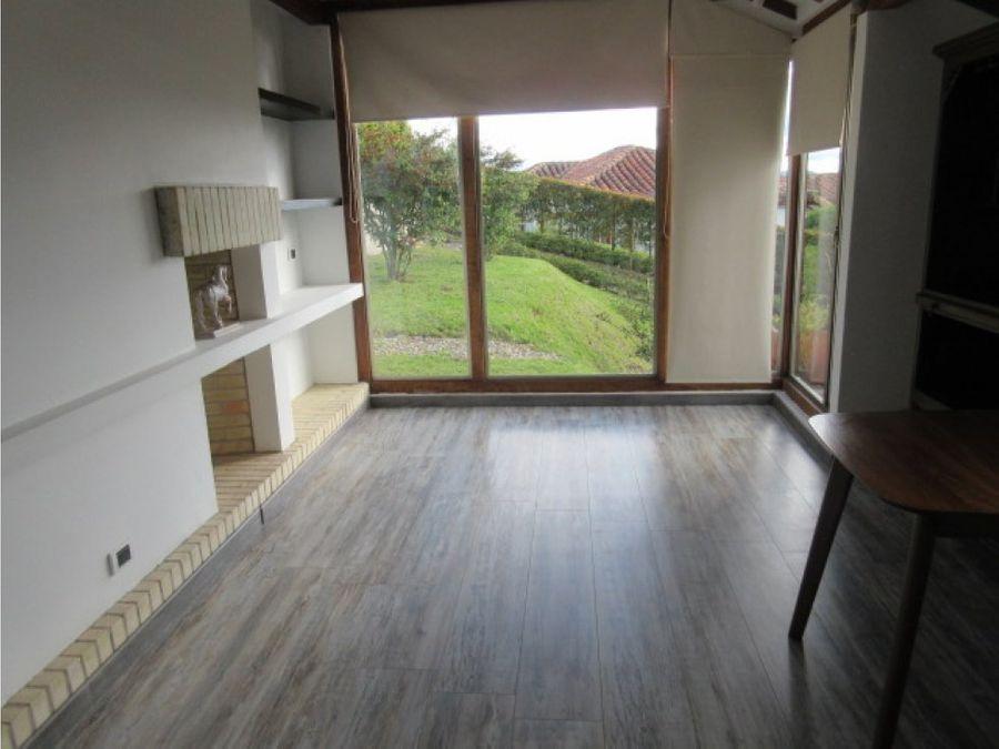 se vende casa tipo espanola en encenillos de sindamanoy chia