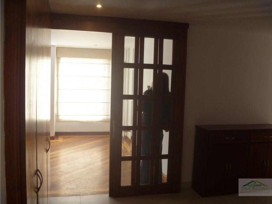 arriendo apto chico navarra 150 m2 con balcon exterior piso 5