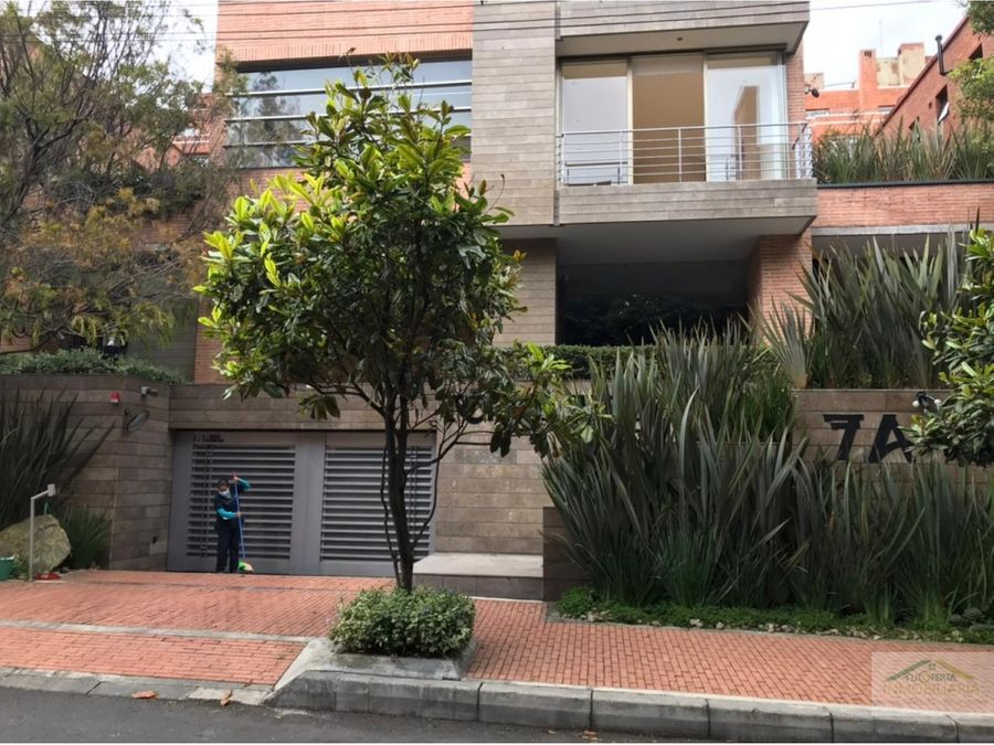 arriendo apto 150 m2 con terraza y balcon duplex chico reservado