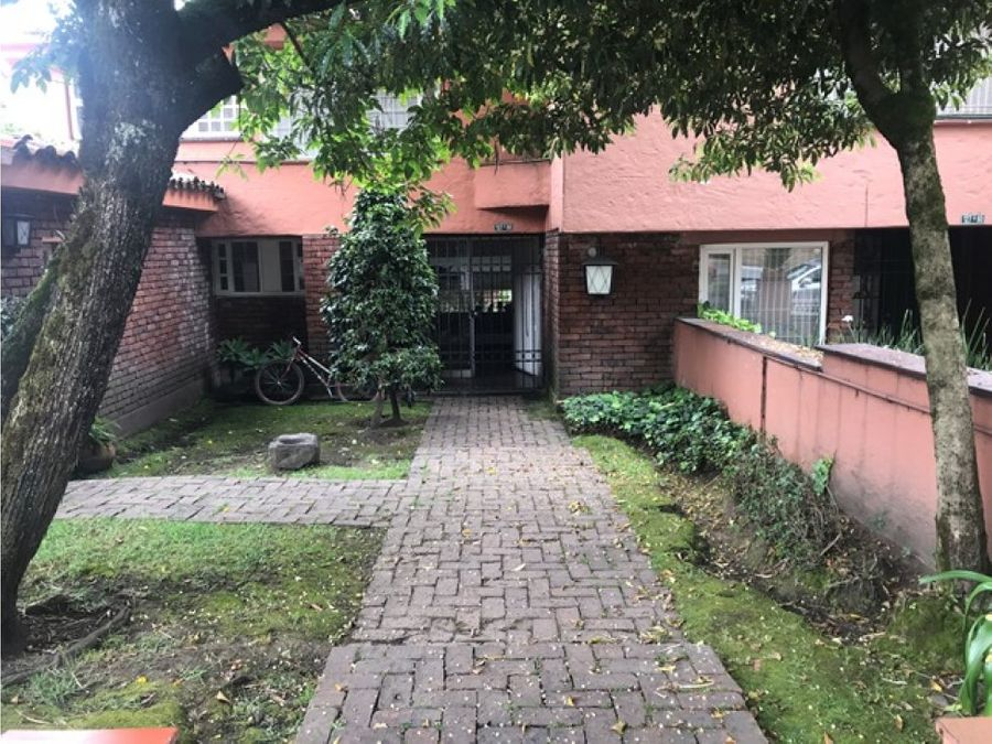 vendo tres casas contiguas para hogar geriatrico