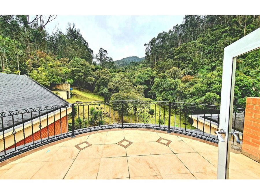 floresta de la sabana imponente casa en venta