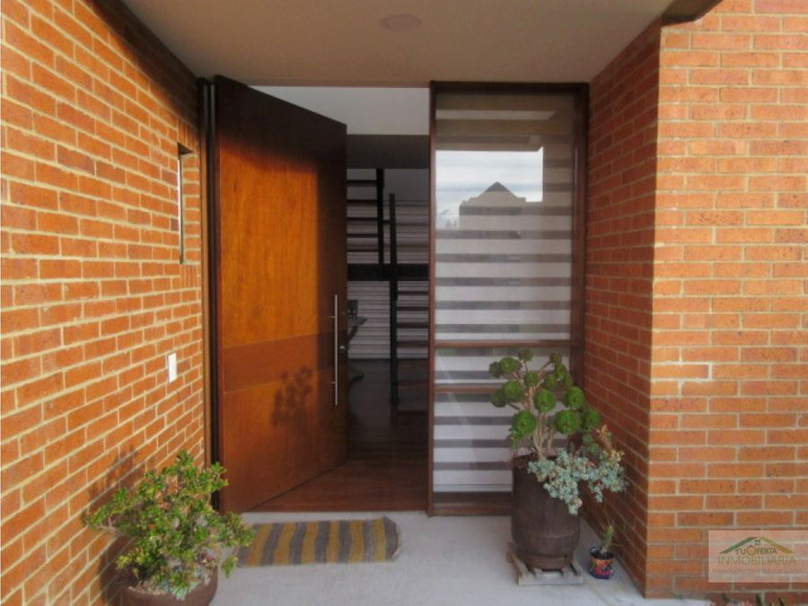 casa para venta de doble altura en hacienda fontanar