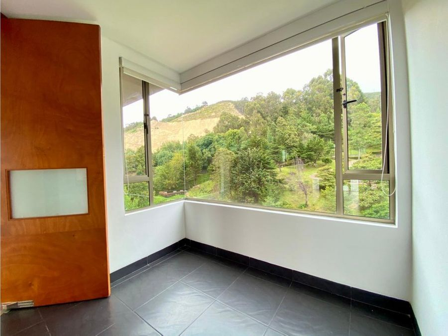 am pino foresta apto 180m2 venta 3h con bano super vista