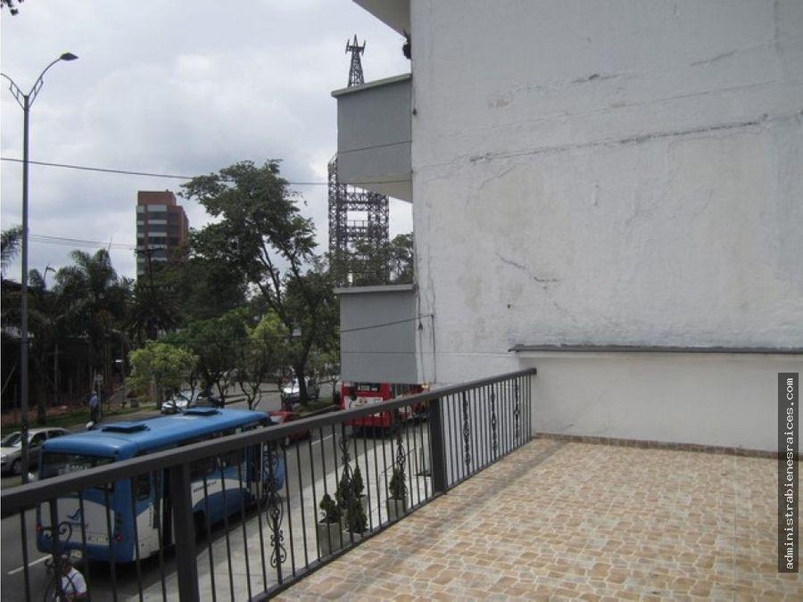 gran casa en lote avenida santander manizales