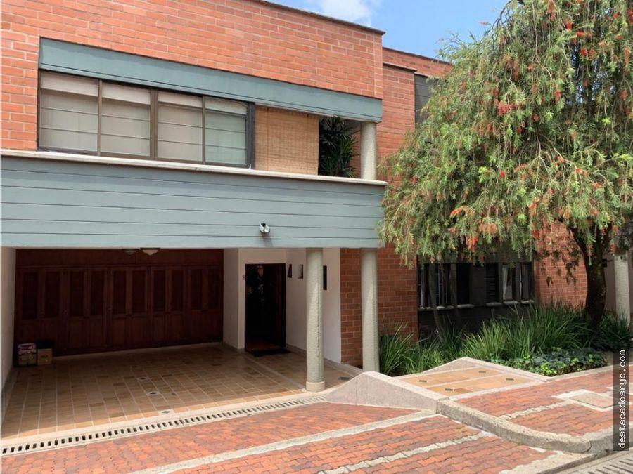 espectacular casa en venta en el poblado los balsos