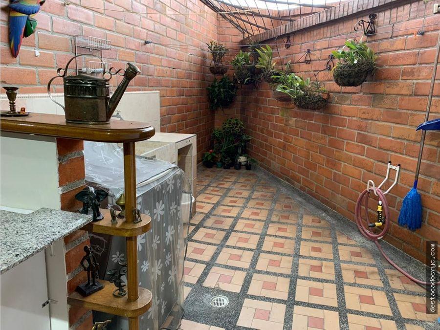 acogedor apartamento en venta en laureles simon bolivar