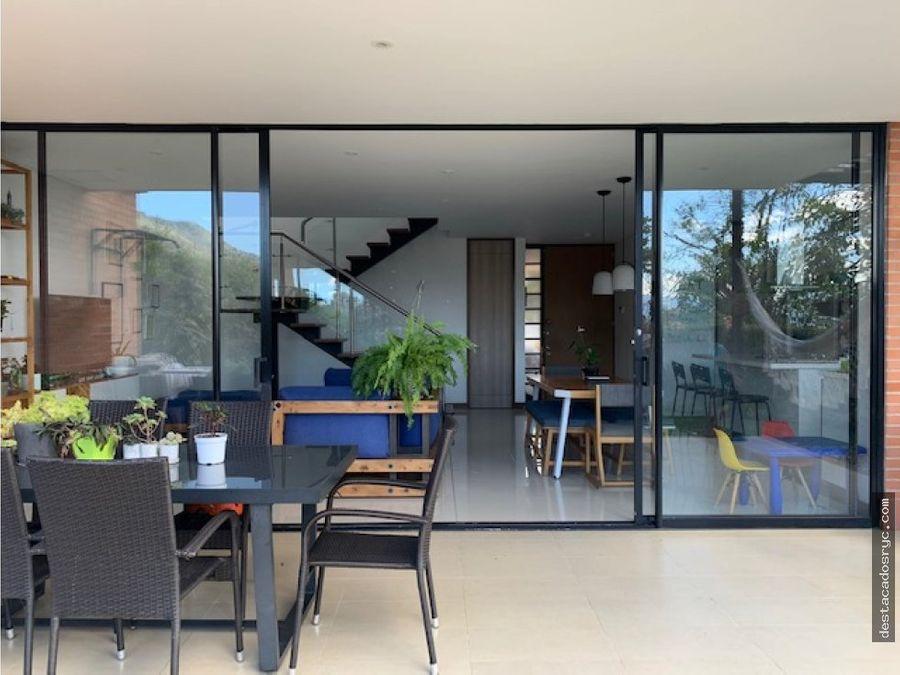 casa en venta en la calleja envigado
