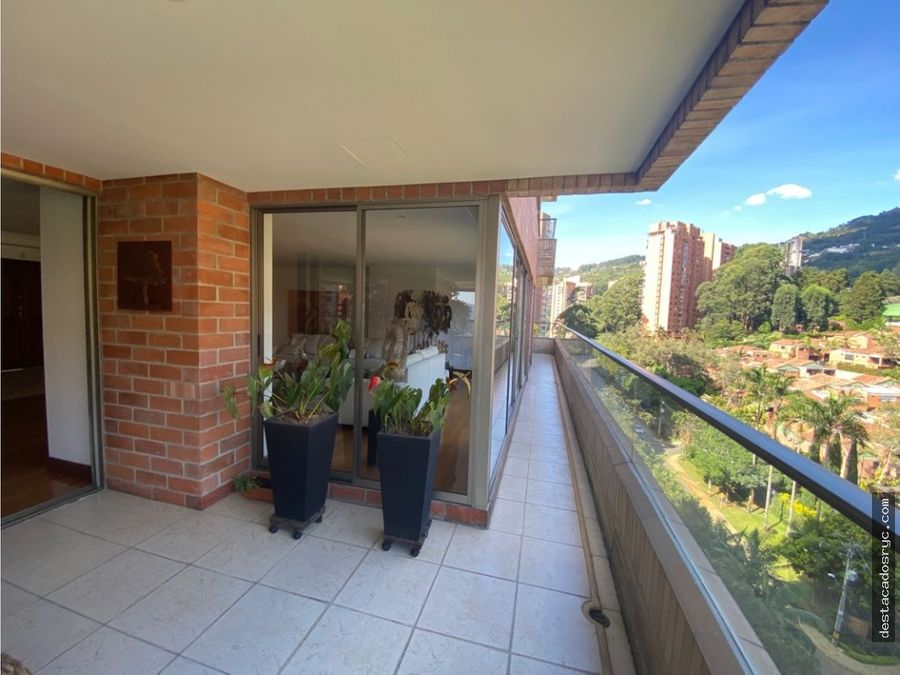 apartamento en venta en medellin sector loma de las santas