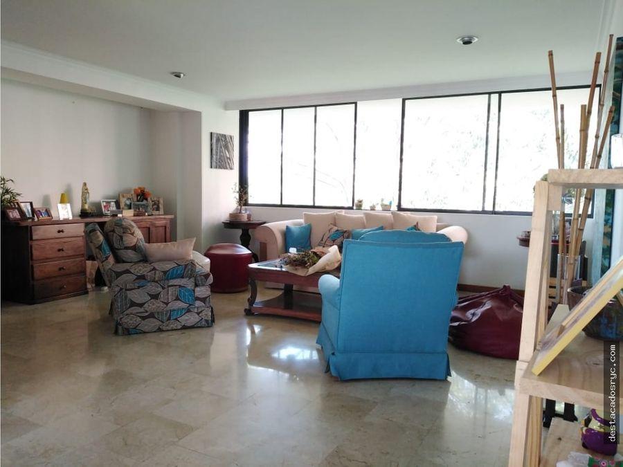 amplio apartamento en venta en el poblado medellin