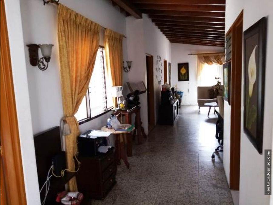 casa independiente en venta en envigado los naranjos