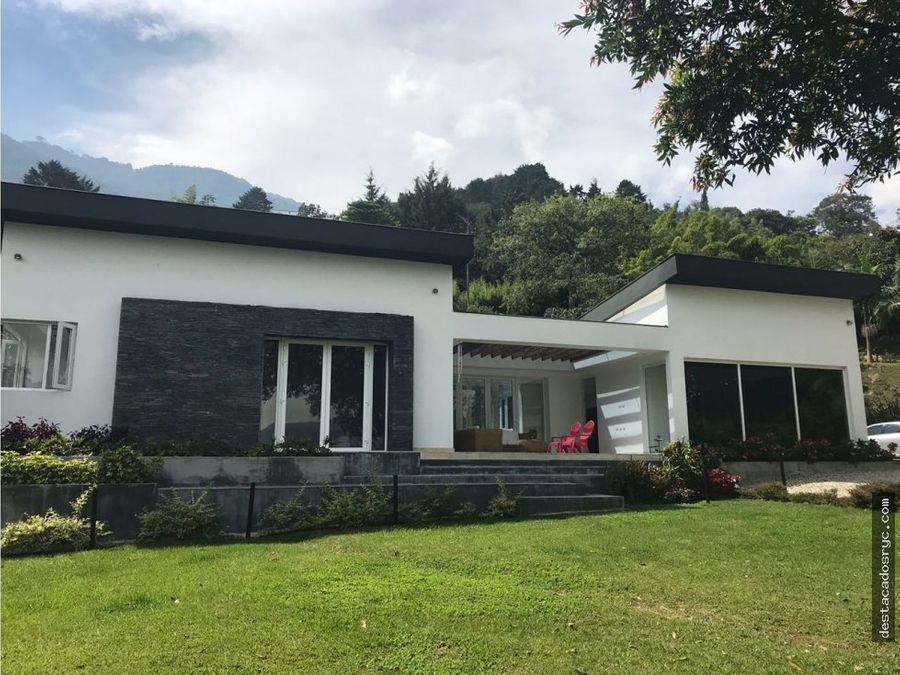 casa en venta en la loma del escobero envigado