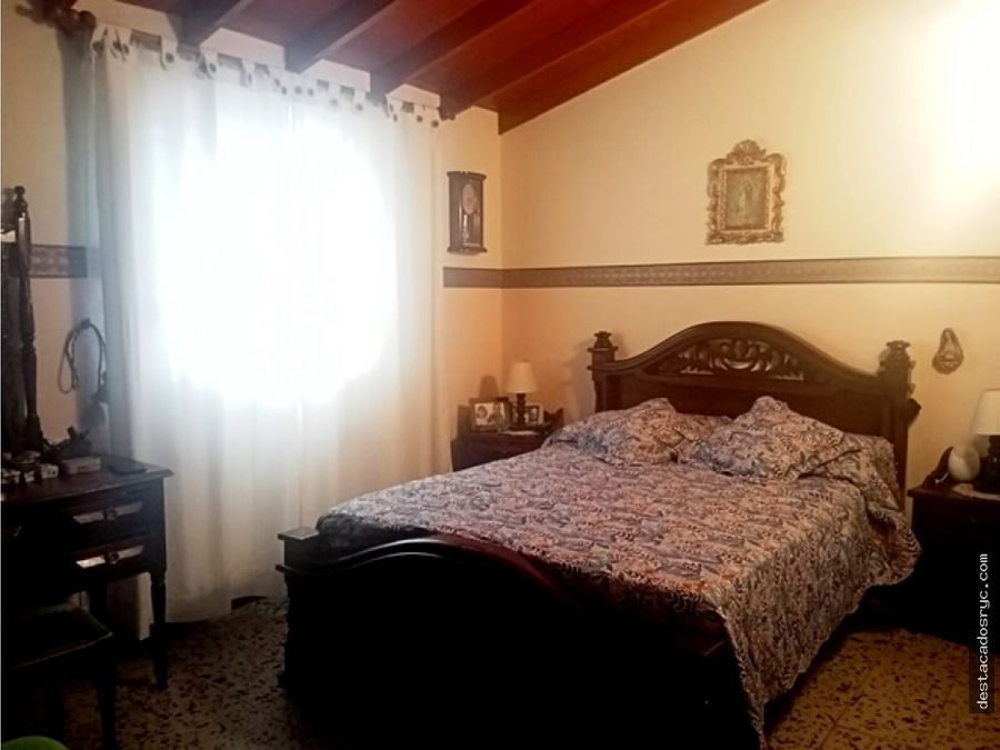 casa esquinera en venta en guayabal san pablo