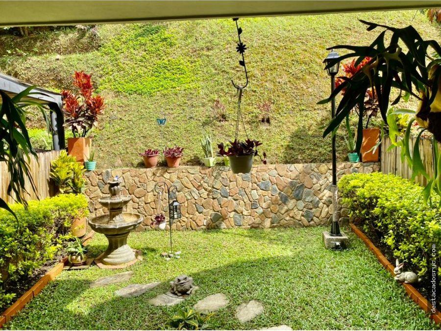 casa en venta en envigado sector la cuenca