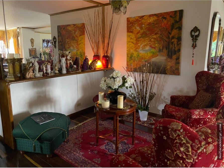 amplio apartamento en venta en el poblado las lomas
