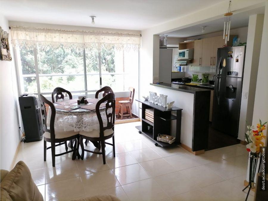 apartamento en venta en sabaneta sector loma linda
