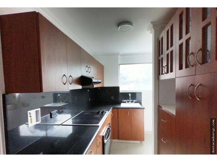amplio apartamento en venta el el poblado castropol