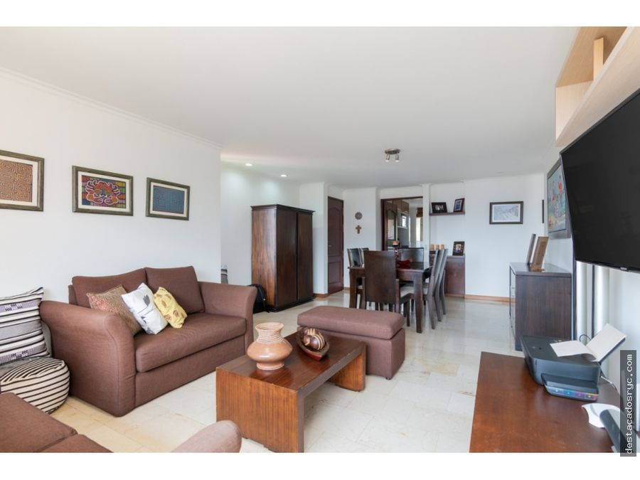 apartamento en venta en el poblado las palmas