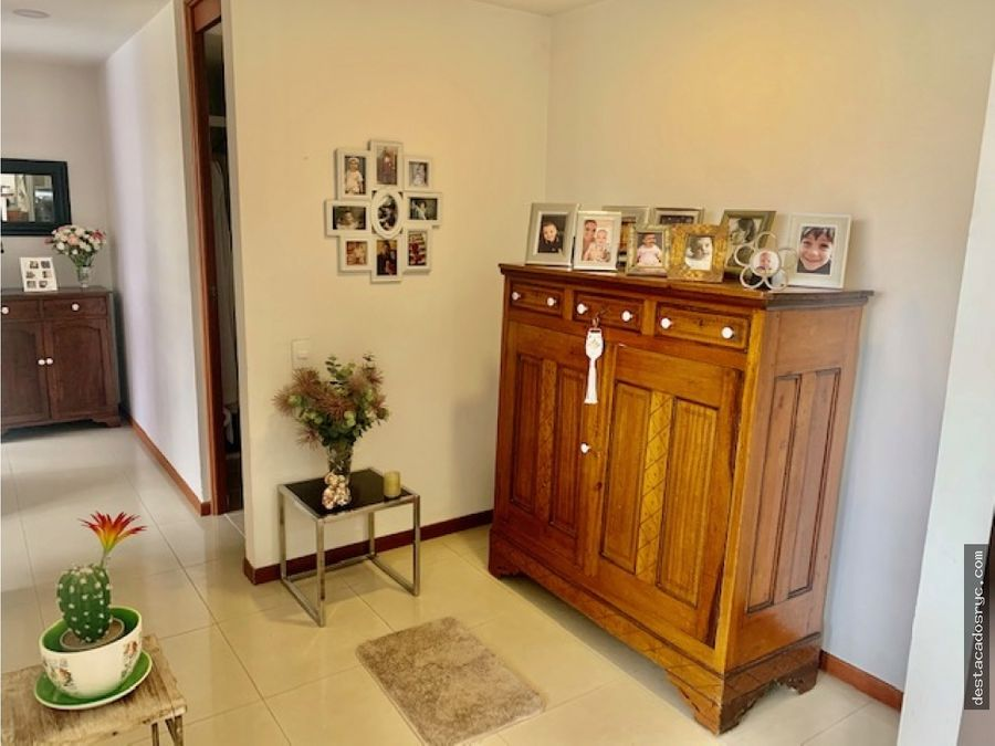 hermoso apartamento en venta en el poblado lalinde