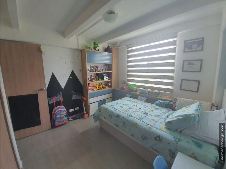 apartamento totalmente remodelado en venta en la visitacion