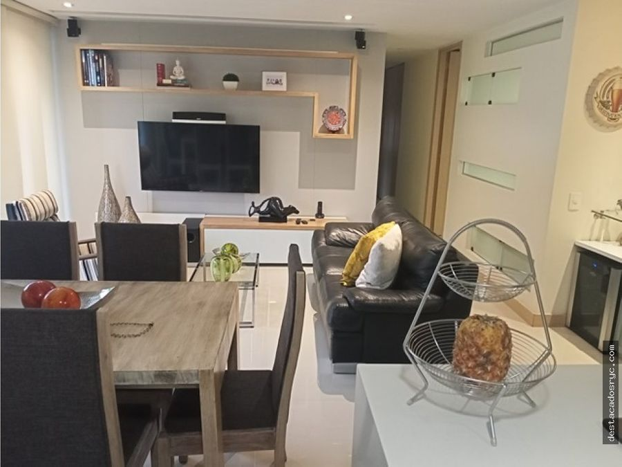 hermoso apartamento en venta en el poblado castropol