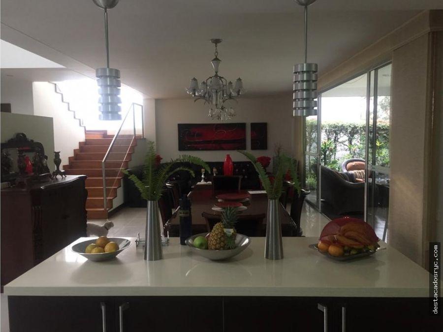 casa en venta en san lucas medellin