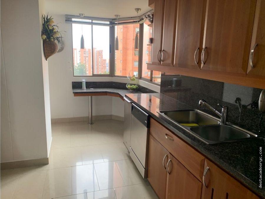 exclusivo apartamento en venta en el poblado la calera