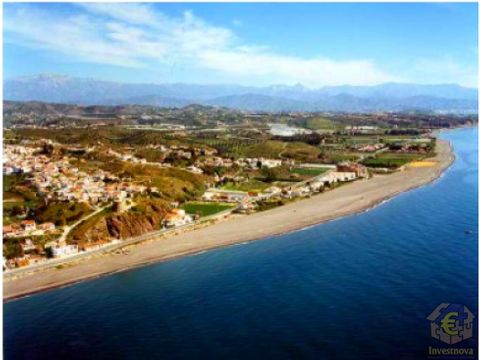 suelo resid hotelero primera linea playa malaga