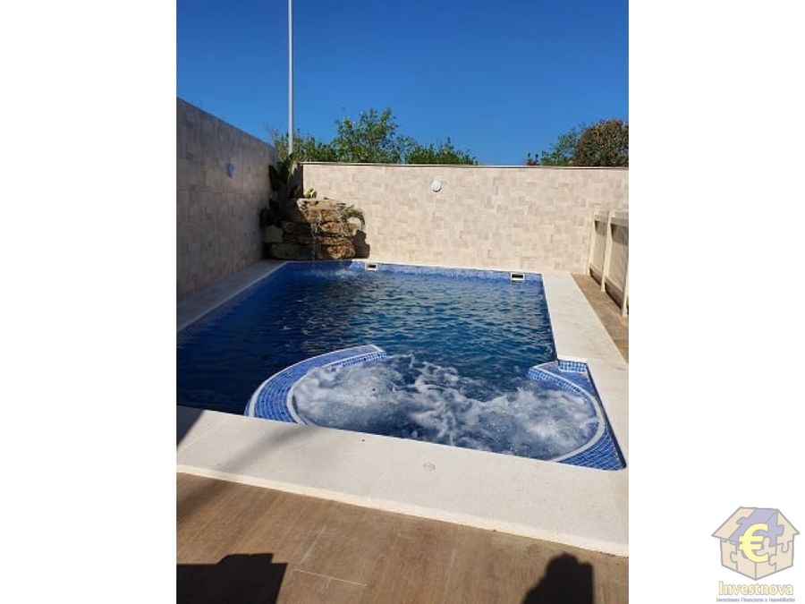 house for rent whit private pool and jacuzzi