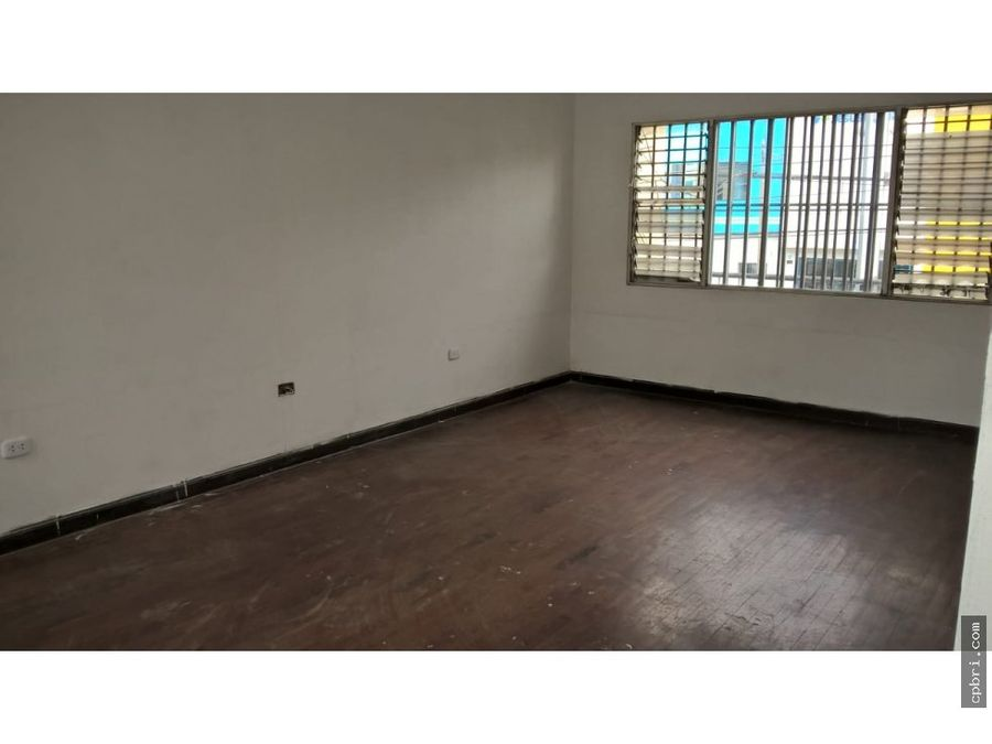 alquilo local comercial 2000 mt2 jesus maria