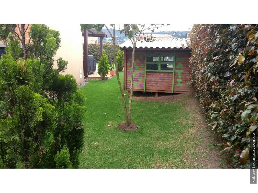 vendo casa en hacienda fontanar acacia