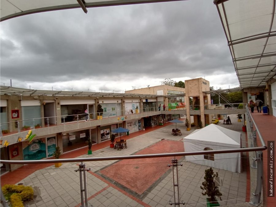 arriendo local en chia centro comercial vivenza
