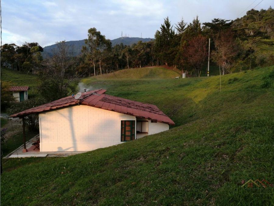 casa lote en venta en sector los benedictinos en guatape