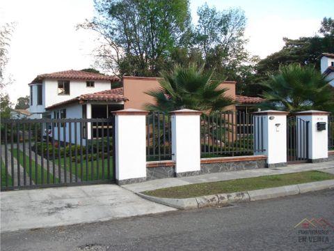casa en venta sector gualanday en rionegro