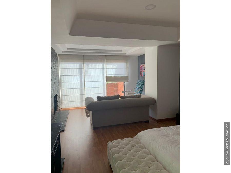 apartamento duplex en venta en bella suiza