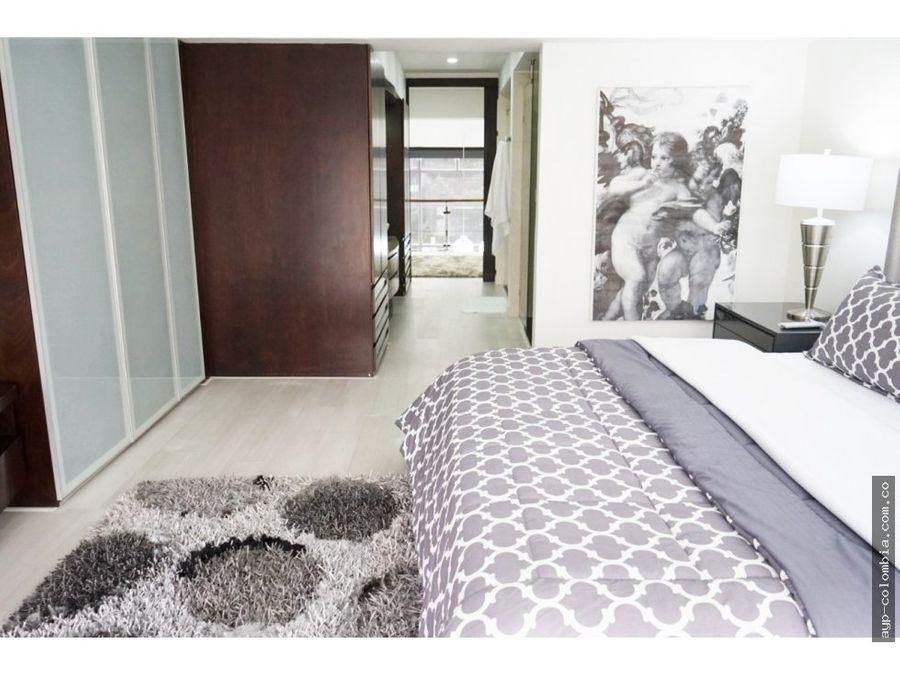 apartamento duplex en arriendo en chico reservado