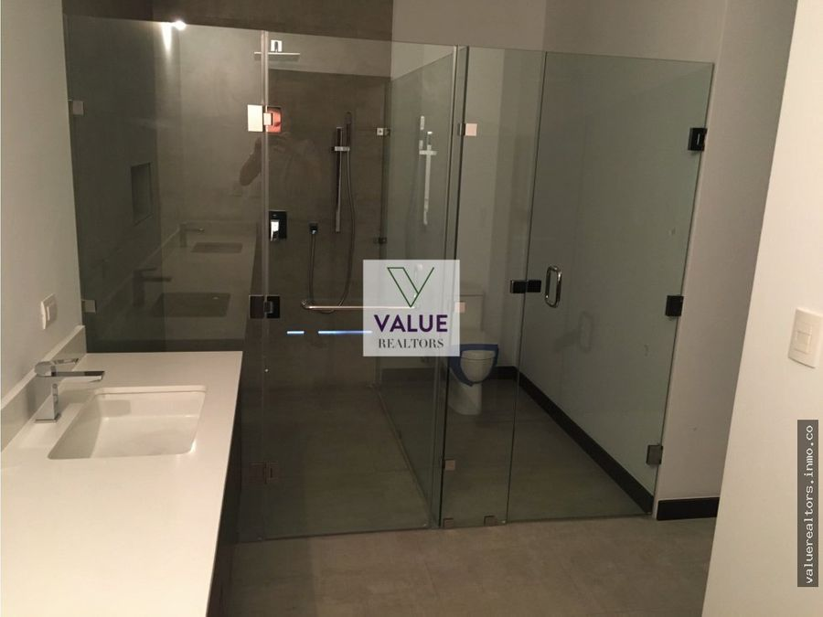 venta y renta lujoso apartamento en cayala z16